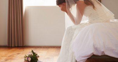 Во время свадьбы жених показывает неверность невесты