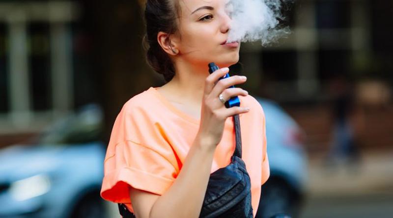 Электронная сигарета не избавляет от зависимости
